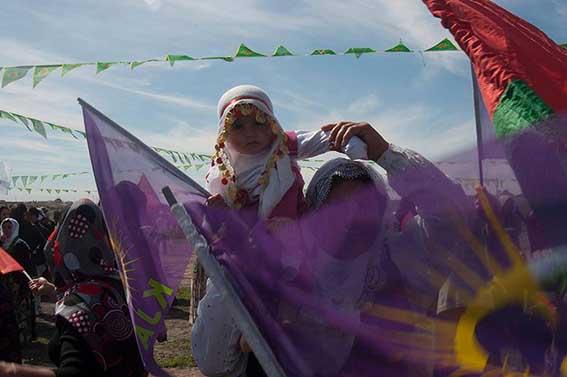 Ένα σύντομο οδοιπορικό κατά τη διάρκεια της έναρξης του φεμινιστικού καραβανιού της Παγκόσμιας Πορείας Γυναικών στο Κουρδιστάν