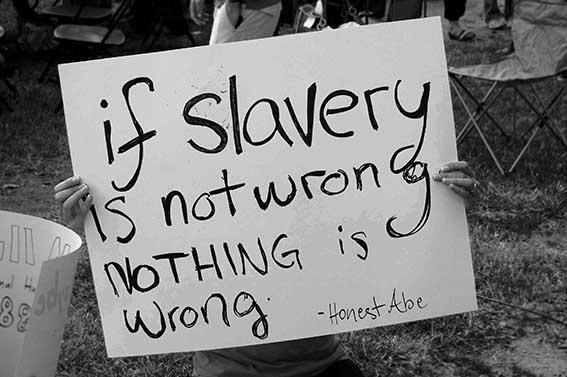 Σύγχρονα σκλαβοπάζαρα στις χώρες της Δύσης