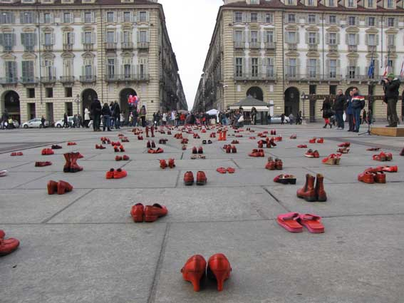 Ναι, με συγκλόνισε η γυναικοκτονία στο Βελβεντό