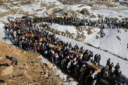 Τρεις ακόμα Κούρδισσες αγωνίστριες δολοφονήθηκαν από το τουρκικό κράτος