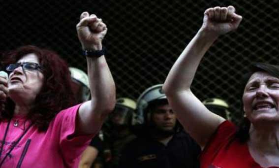 Δίκη για την επίθεση των ΜΑΤ εναντίον των καθαριστριών – μια συνέντευξη με την Ευαγγελία Αλεξάκη