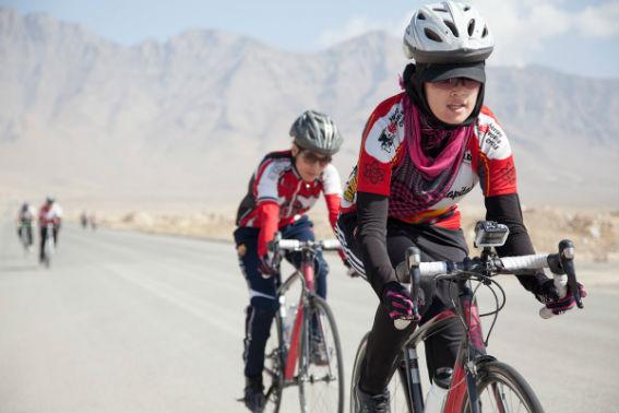 Η Γυναικεία Ομάδα Ποδηλασίας του Αφγανιστάν υποψήφια για το Νόμπελ Ειρήνης