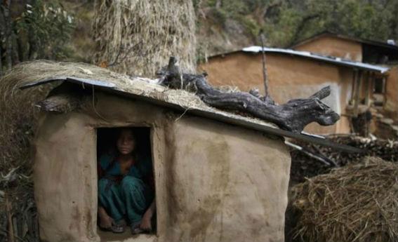 Νεπάλ: Ο σκοταδισμός σκότωσε ένα 15χρονο κορίτσι