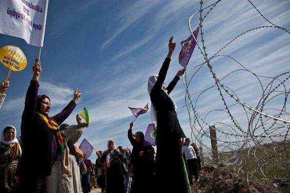 Αλληλεγγύη στις Κούρδισες μαχήτριες του γυναικείου κινήματος της Rojava