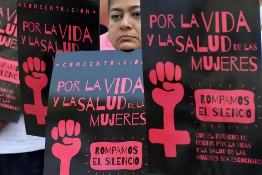 Ελ Σαλβαδόρ: 30 χρόνια κάθειρξη σε έφηβη θύμα βιασμού